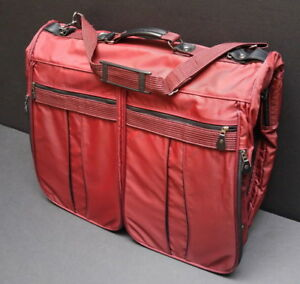 Luggage, garment bags, totes, duffel bags and satchels sale
