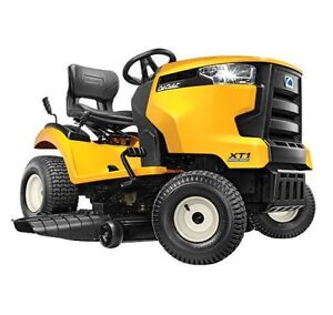 "Cub Cadet 46"" Cut Lawn Tractor Kitchener / Waterloo Kitchener Area image 1"