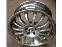 Single alloy wheel size 20