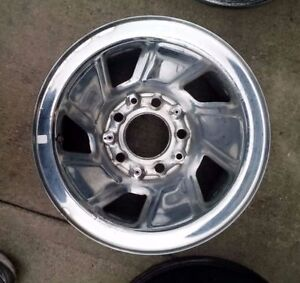 Wanted: LOOKING FOR 15 OR 16 INCH FORD CHROME RIMS Kitchener / Waterloo Kitchener Area image 3