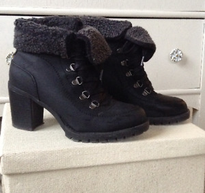 Black ankle boots 7.5
