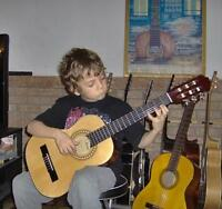 **Cours de Guitare,Piano et Theori .Guitar,Piano &Theory Lessons