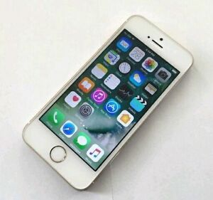 New Condition Apple iPhone 5S 16GB Silver on Bell and Virgin 160