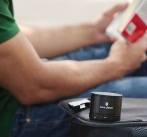 ♪♪♪ Portable Bluetooth Speaker - Black or Silver ♪♪♪