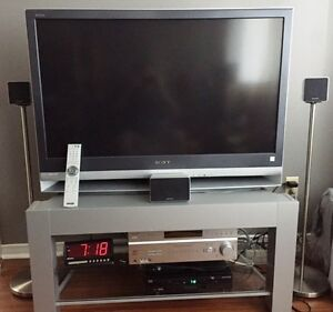 SONY WEGA 42 INCH TV & Stand - Perfect conditions