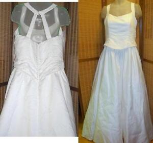XL XXL WEDDING GOWN Size 20 cost $2500 Halter Beads Train wow