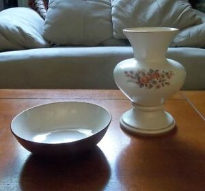 Vintage Pottery Pieces (Vase, Plates & Bowl)