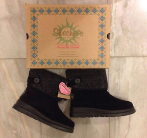Skechers Suede Ankle Boots - Black