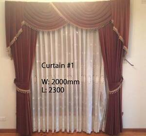 Vintage Velvet Velour Curtain Brown/Red EXCELLENT CONDITION Set o Reservoir Darebin Area Preview