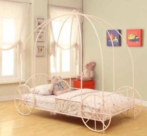 Beautiful Girls Canopy Carriage Bed with FREE delivery!