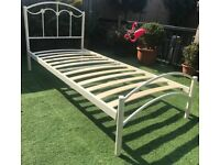 White metal single bed in good condition