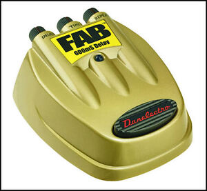 DANELECTRO D8 D-8 DELAY GUITAR FAB PEDAL ECHO NEW !!
