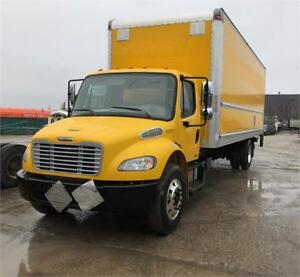 2012 Freightliner M2  26 Feet Box Tailgate Air Brakes Automatic
