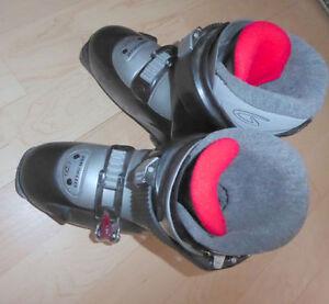 Kids downhill ski boots, mondo size 21.5, 23 and 24.5, $25 ea
