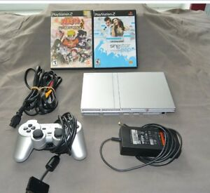Playstation 2 Silver Slim - 1 manette - 2 jeux