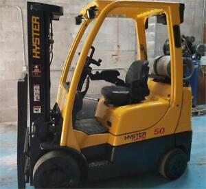 CHARIOT ELEVATEUR PROPANE FORKLIFT HYSTER 7000 LBS LIFT AVEC SS