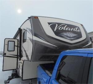2017 VOLANTE 27 BH DOUBLE BUNKS + OUTDOOR KITCHEN + BOAT HITCH