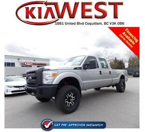 2016 Ford F350 Crew Cab Super Duty 4X4 w/Lift