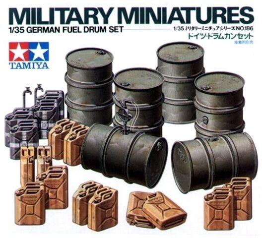 Tamiya 35186 1/35 Scale Military Model Kit WWII German Fuel Drum Set