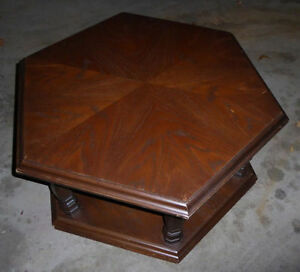 2 hexagon shaped coffee tables, great for distressing $ 20 each