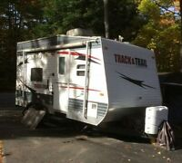 Track and Trail 17RTH Toy Hauler Travel Trailer for RENT