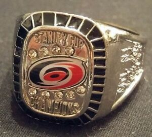 CAROLINA HURRICANES NHL STANLEY CUP RING WITH BOX.