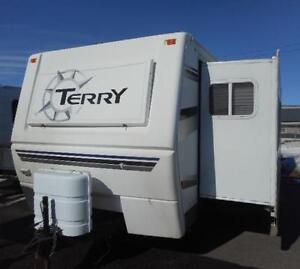 2007 TERRY 330 FKDS - FRONT KITCHEN TRAVEL TRAILER