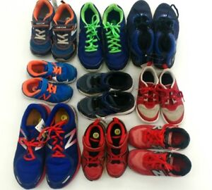 (111) Running shoes for boys