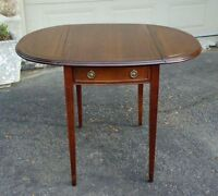 OCCASIONAL ACCENT TABLE