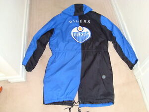 NHL OILERS  3 SEASON COAT WITH HOOD West Island Greater Montréal image 6
