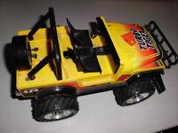 Verkaufe Spielzeugauto -siehe Bilder Sachsen - Wilkau-Haßlau Vorschau