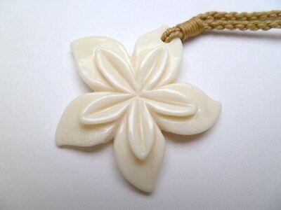 Hawaii Jewelry Flower Buffalo Bone Carved Pendant Necklace/Choker # 35375