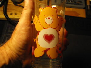 Pizza-Hut-Care-Bears-Tenderheart-Bear-Limited-Edition-Glass