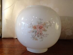 Pink-Flower-oil-lamp-globe-Glass-shade-replacement-vintage-light-Rare-Free-p-p