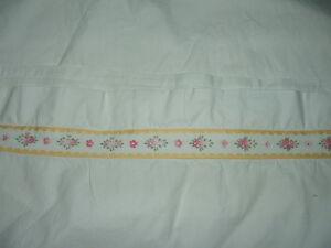 Ancien-drap-en-coton-avec-galon-2-personnes-linge-ancien