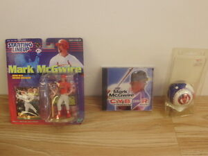Mark-McGwire-Collectables-Baseball-figurine-cyber-card-64Z