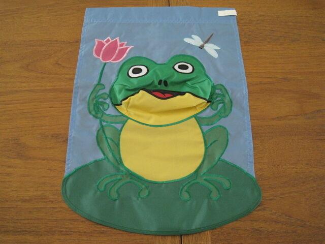 Got Candy Frog Halloween Garden Yard Patio Mailbox Flag 12 X 18 Garden