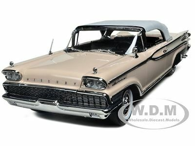 1959 Mercury Park Lane Closed Convertible Pink 1/18 By Sunstar 5165