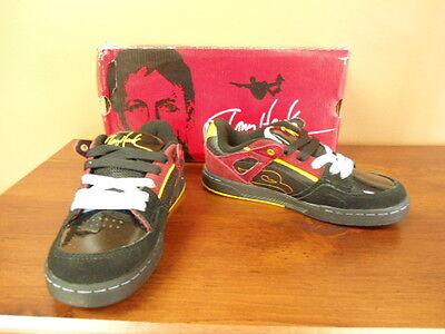 Boys Size 4 Tony Hawk Loco Black Leather Tennis Shoes Msrp $54.99