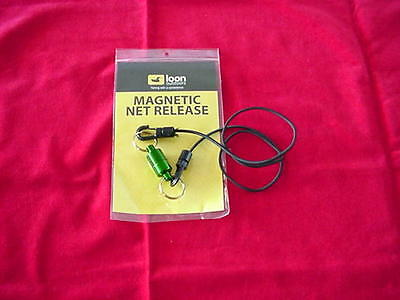 Loon Deluxe Magnetic Net Holder With Bungee Cord Great