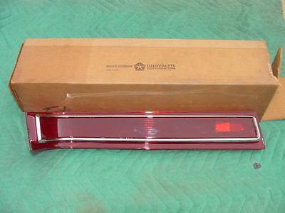 1966 Chrysler Newport Tail Lamp Lens Mopar 2585197 Left With Chrome Trim