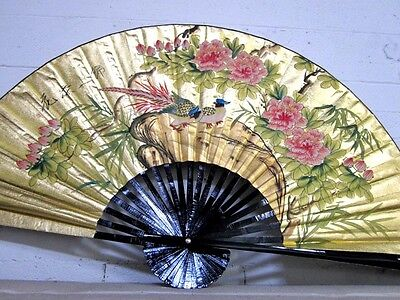 24'' Chinese Oriental Handpainted Folding Paper Wall Fan Decor, Lucky Love Birds