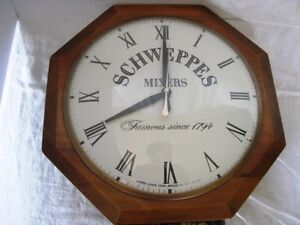 Vintage Schweppes Mixers United Electric Wall Clock Gatineau Ottawa / Gatineau Area image 2