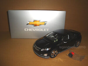 1-18-2011-Chevrolet-volt-Electric-Vehicle-black-color