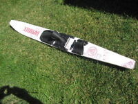 Taperflex  wooden water ski. 58.75 inch/ 149 cm.  Sub Dash. Bind