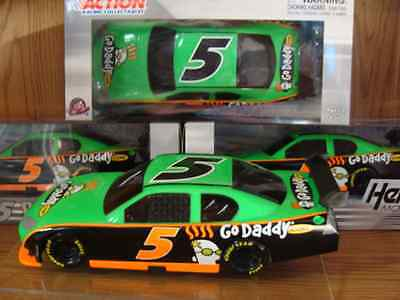 5 Mark Martin 2010 Godaddy Com  1 24 Plastic Toy Nascar New For The Kids