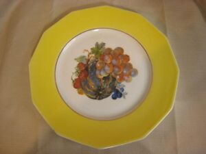 M-R-Marks-Rosenfeld-12-SALAD-PLATE-Fruit-Grape-Berry-FRANCE-MRF10-Yellow