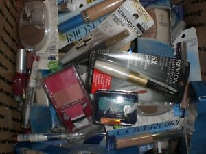 WHOLESALE-MIXED-MAKEUP-COSMETICS-LOT-100-Pieces-Covergirl-Rimmel-NYC-Maybelline