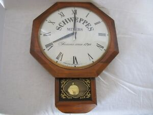 Vintage Schweppes Mixers United Electric Wall Clock Gatineau Ottawa / Gatineau Area image 1