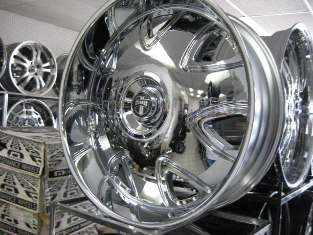 "30"" Dub Bandito Wheels Tires Lexani Tis Hummer H2 2500 Dodge asanti FOOSE 28"